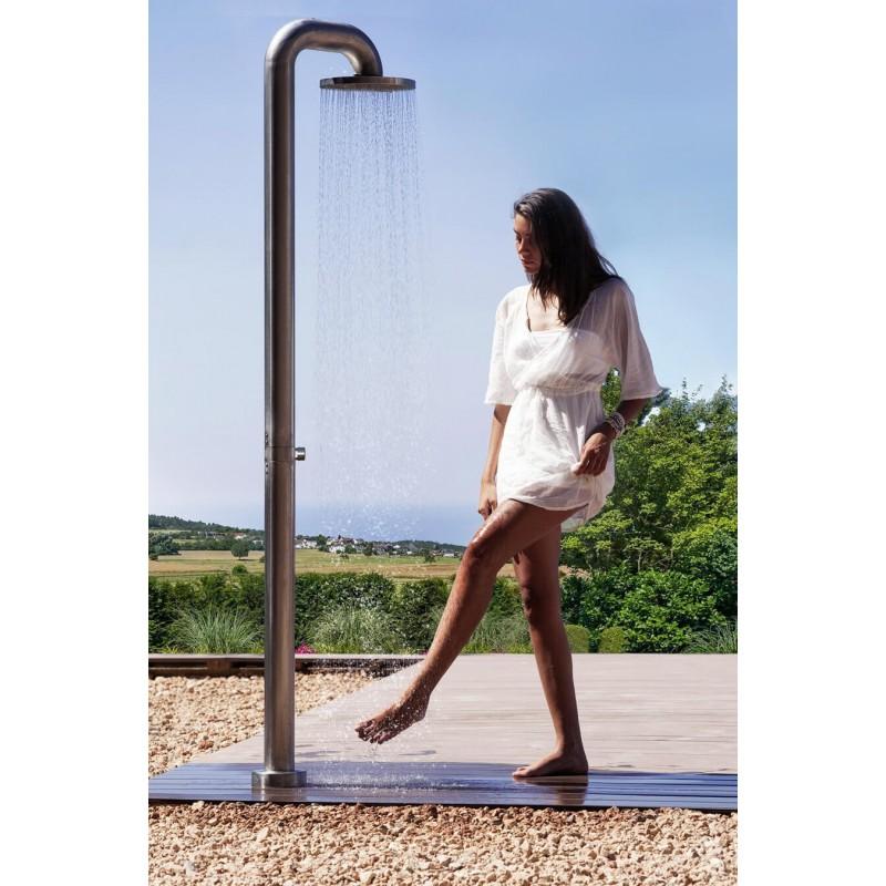 Robustníbazénová sprcha JEE-O fatline push z nerezové oceli sesamouzavíracím ventilem