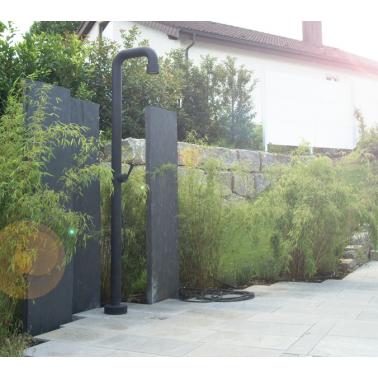 Venkovní sprcha JEE-O soho 01 z nerezové oceli v industriálním designu