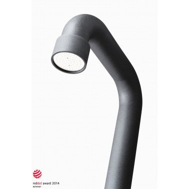 Detail sprchové hlavice z uhlíkové nerez oceli soho 01