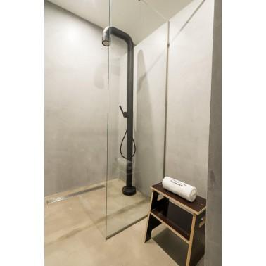 JEE-O soho 02 černý  v interiéru koupelny