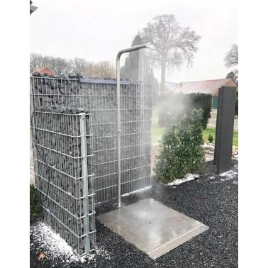 Venkovní sprcha s ochranou proti zamrznutí